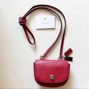 Coach - Bitsy Red Pebbled Flap Crossbody Nickel